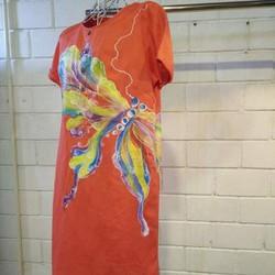 Đầm vẽ đi chơi lễ