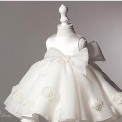 Đầm công chúa sang trọng cho bé