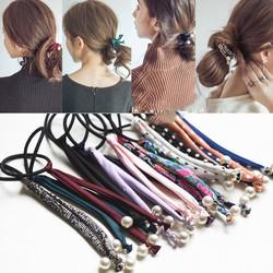 Cột tóc dây hoạ tiết