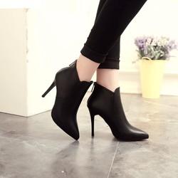 Giày Boot Nữ Cao Gót Da Thật