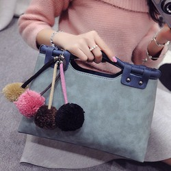 Túi cầm tay và đeo vai phong cách Hàn Quốc