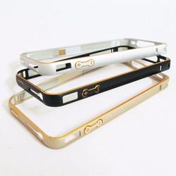 Ốp viền nhôm iPhone 4 4S siêu mỏng thời trang