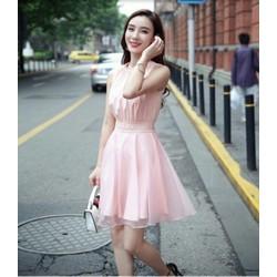 Đầm xoè hồng xinh xắn