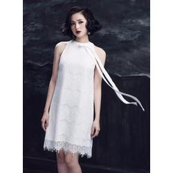 Đầm Ren Suông Cổ Yếm Tâm Tít