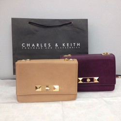 CLUTCH CHARLES AND KEITH NƠ