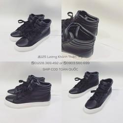 Giày nữ cổ cao hàng độc 2 màu đen trắng cực đẹp - hình thật