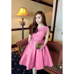 đầm xoè ren công chúa hồng