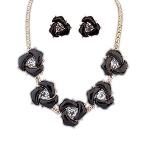 Madam Dzi - Set vòng cổ bông tai hoa hồng đen