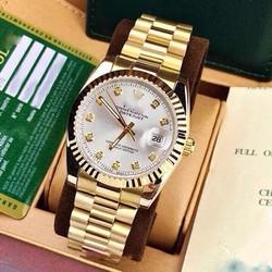 Đồng hồ kim thể hiện phong cách