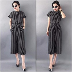 Set áo sọc trắng đen cổ trụ quần suông Bạch Nguyễn
