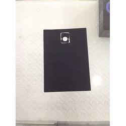 dán da mặt sau Blackberry Passport tặng thẻ giảm giá