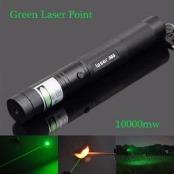 Đèn pin tia  laser 303