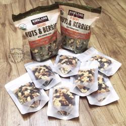 Hạt và berry mix của Kirland gói nhỏ siêu bổ