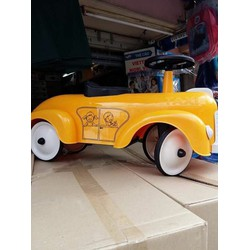 xe chòi chân taxi trẻ em
