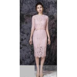 Đầm body ren hồng tay lỡ
