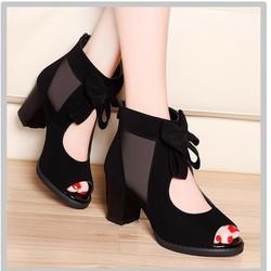 Giày boots cao cổ đính nơ
