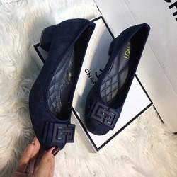 Giày cao gót Fendi đế trụ