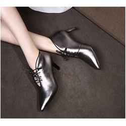 Giày boot cổ thấp cột dây