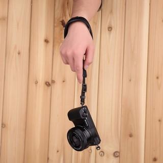Dây đeo máy ảnh cổ tay Handstrap da bò - Handstrap da bò thumbnail