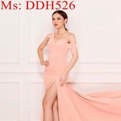 Đầm maxi kiểu bẹt vai ngang 1 bên và xẻ đùi sành điệu DDH526
