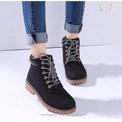 Giày boot nữ giá rẻ màu đen cá tính