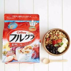 Ngũ cốc Calbee Nhật Bản 800g