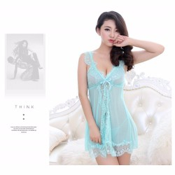 Đầm ngủ xẻ giữa màu xanh ngọc TK686