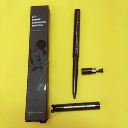 kẻ mắt chống nước The Faceshop Mickey All Proof Automatic Eyeliner