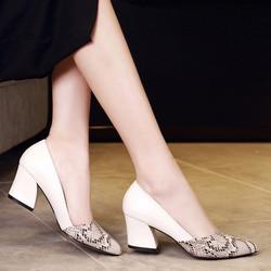 Giày gót vuông phối da rắn DV168 - Màu trắng