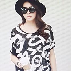 Áo thun nữ thiết kế đẹp mắt, phong cách cá tính.