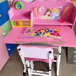Bộ bàn học cho bé có thể tăng giảm độ cao