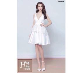 Đầm xòe trắng phối ren cổ tim