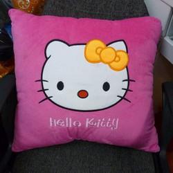 Gối Hello Kitty 50x50cm , hàng Việt Nam