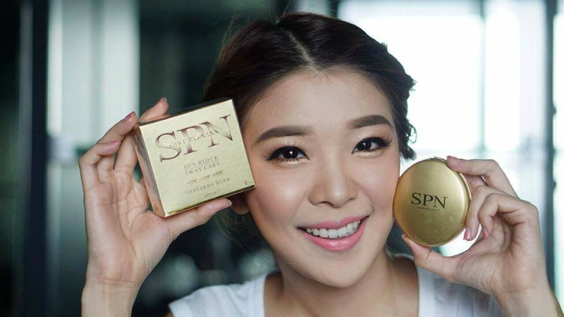 Phấn trang điểm Thanakha SPN Sun Block 3 Way Cake 9
