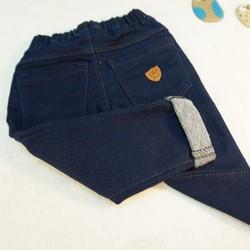 Quần jeans chất liệu nỉ ca cá dày dặn