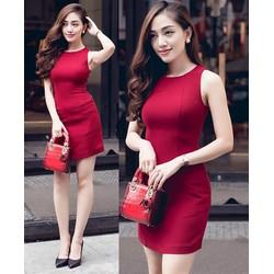 Đầm ôm thiết kế đơn giản