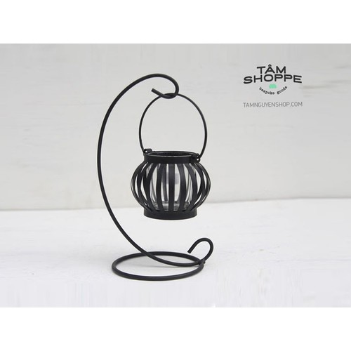 Chân nến sắt nghệ thuật quả trám đen