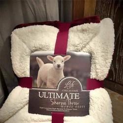 chăn lông cừu siêu mịn