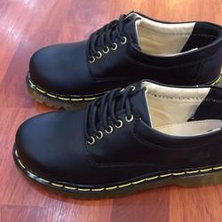 giày dr marten màu đen