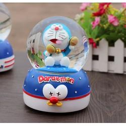 Hộp Nhạc Quả Cầu Thủy Tinh Doraemon Queenie