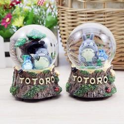 Hộp Nhạc Qủa Cầu Thủy Tinh Totoro Queenie