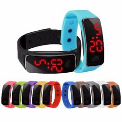 Đồng hồ điện tử dành cho trẻ em