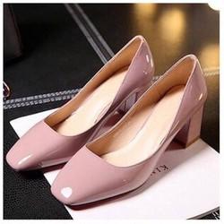 giày gót vuông mũi vuông