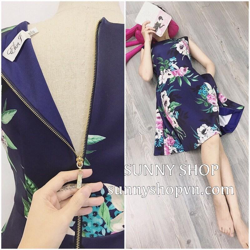 Đầm hoa nền xanh 1