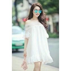 Đầm suông trắng viền ren