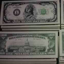 Tiền lì xì 1 triệu USD Mỹ
