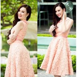 Đầm ren cổ sen giống Phương Trinh VD199