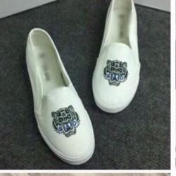 giày mọi hình cọp kenzzo 1557