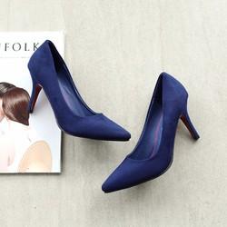 Giày cao gót màu xanh thời trang