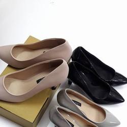 Giày cao gót mũi nhọn 5P